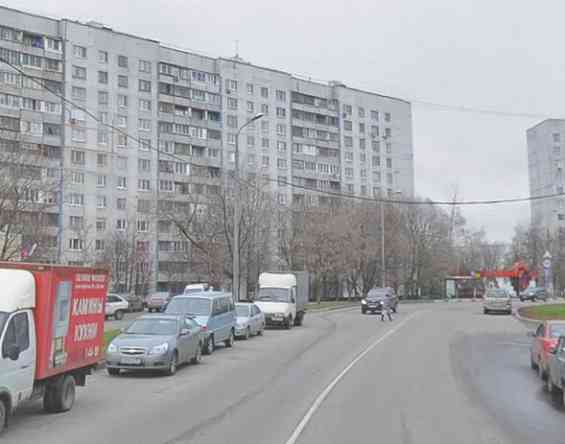 Окраина Москвы. Улица Корнейчука 37